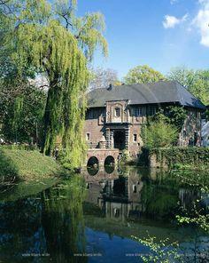 pictures of moenchengladbach | Mönchengladbach, Schloss Rheydt