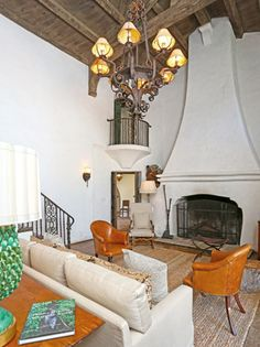 Inside Reese Witherspoon's Ojai Estate - The Living Room