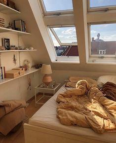 Dream Rooms, Dream Bedroom, Room Ideas Bedroom, Bedroom Decor, Bedroom Inspo, Home Decor Inspiration, Decor Ideas, Minimalist Room, Aesthetic Room Decor