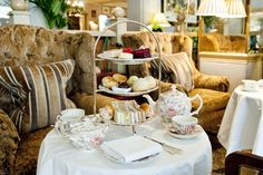 £29.50 Summer Afternoon Tea at Rubens at the Palace - AfternoonTea.co.uk