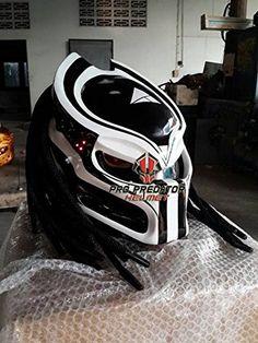 Alien Predator Helmet Motorcycle by MustafazBen on Etsy Custom Motorcycle Helmets, Custom Helmets, Motorcycle Gear, Motorcycle Accessories, Bicycle Helmet, Bike Helmets, Predator Helmet, Custom Sport Bikes, Motorcycle Helmets