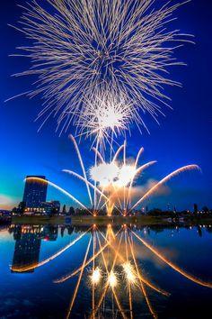 Blue & Gold Fireworks
