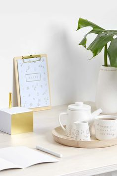 Having a work space that you truly enjoy spending time in can do so much for your creativity, productivity and motivation. Be inspired to create a desk space you love with these simple ideas.