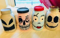 painted mason jars Mason jars that are painted to resemble part of the characters from the movie Nightmare Before Christmas. This group includes Jack Skellington, Sally, Oogie Boogi Comida De Halloween Ideas, Halloween Crafts For Kids, Diy Halloween Decorations, Fall Halloween, Nightmare Before Christmas Decorations, Nightmare Before Christmas Halloween, Mason Jar Gifts, Mason Jar Diy, Halloween Bottles