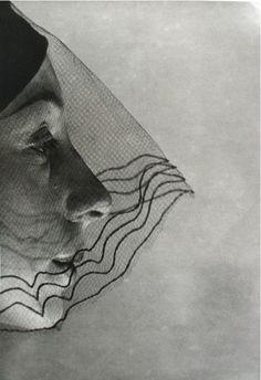 the-crows-nest:  Erwin Blumenfeld, Veiled Face,1932
