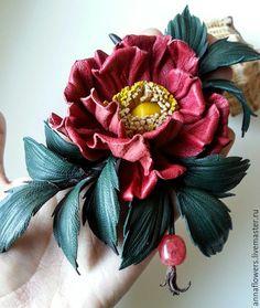 Купить Шиповник из кожи .Брошь. - бордовый, шиповник, роза из кожи, кожаные цветы, кожаные украшения