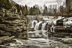 martinbernier.com #photographe #professionnel #Montréal #cours #gratuit Landscape Photos, Waterfall, Outdoor, Professional Photographer, Photography, Outdoors, Waterfalls, Outdoor Games, Rain