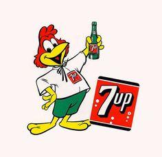 El nombre de este maravilloso pajarraco es Fresh-up Freddie, una gran invención de Leo Burnett junto a Disney para la marca 7Up, en el año de 1957.