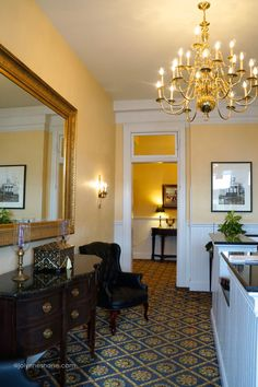 This is a charming hotel that boasts modern amenities while preserving the integrity of the 100-year-old building. It is truly a masterful renovation. Federal Pointe Inn in Gettysburg, PA | #sponsored by @AscendHotels #GoNative