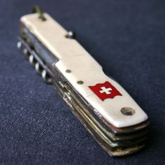 Beautiful Swiss knife.Una belleza!