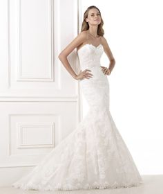 Beautiful, delicate gown. The details on the gown made me fall in love with it and I hope someone can enjoy it as much as I did. Only worn once. Excellent condition. No imperfections, dry cleaned.