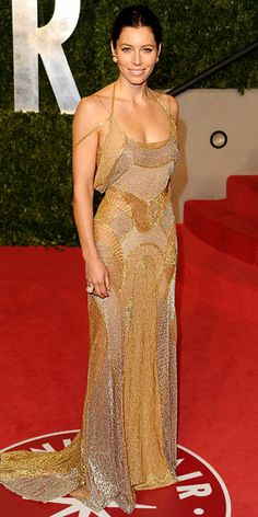 Jessica Biel  WHAT SHE WORE  Biel stood tall in a patchwork metallic Atelier Versace gown at the Vanity Fair Oscar party.