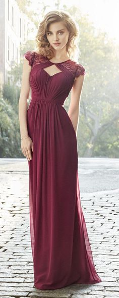 Burgundy Chiffon A-line gown, pleated bodice with V-neckline, natural waist, gathered skirt_cr