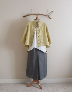 linen outfit three pieces handmade to measure petite to plus size / linen top / linen jacket with frog toggles / linen pants / made in USA Boho Outfits, Fashion Outfits, Style Fashion, Layered Fashion, Linen Jackets, Linen Pants, Diy Clothing, Mode Inspiration, Trending Outfits