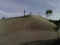 Gunung pasir parangkusumo