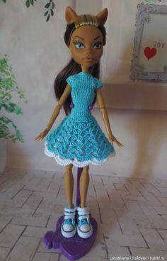 Предлагаю вашему вниманию платья для кукол Monster High Платья связаны из хлопковой пряжи, застегиваются на три маленькие пуговички, подъюбник тоже / 300р Crochet Monster High, Crochet Monsters, Ever After, Diana, Harajuku, Dolls, Knitting, Dresses, Style