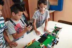 Crianças carentes da Grande Florianópolis aprendem a produzir animação em stop motion