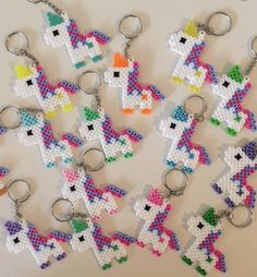 Ähnliche Artikel wie Unicorn Keychain Party Packs auf Etsy The Effective Pictures We Offer You About Beading brazalet A quality picture can tell you many things. Hama Beads Design, Diy Perler Beads, Hama Beads Patterns, Perler Bead Art, Pearler Beads, Beading Patterns, Art Perle, Motifs Perler, Iron Beads