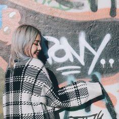 Pony park hye min make up 😁😍 Pony Korean, Korean Girl, Korean Ulzzang, Park Hye Min, Pony Makeup, Ninja Girl, Uzzlang Girl, Korean Outfits, Kpop Girls