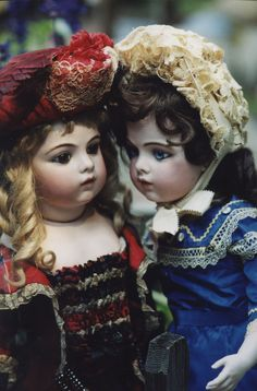 Two darling antique French Bébé Bru Jeune dolls getting acquainted after so many years apart...