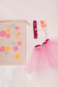 Treat bags: http://www.stylemepretty.com/living/2015/02/23/30-of-the-best-party-diys-ever/