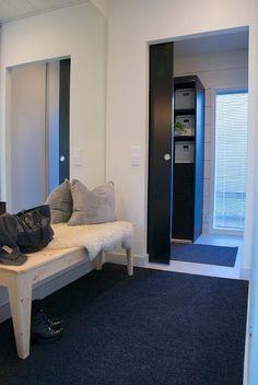 talo markki - modern mud room interior design