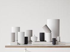 Label to watch! Lyngby Porcelain – Die Vase von der dänischen Porzellan-Manufaktur Lyngby Porcelæn gibt es schon seit 1936. Sie ist ein Designklassiker und ein begehrtes Sammlerobjekt…