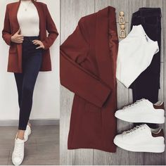 Savior Blazer Tile and High Waist Jeans ♥ ️ Lined Blazer TL . - Savior Blazer Tile and High Waist Jeans ♥ ️ Lined Blazer TL . Casual Work Outfits, Blazer Outfits, Mode Outfits, Office Outfits, Classy Outfits, Chic Outfits, Trendy Outfits, Fall Outfits, Look Fashion