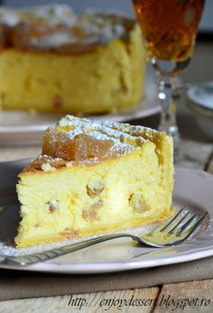 Pasca napoletana – pasca in aluat de tarta Easter Recipes, Baby Food Recipes, Cookie Recipes, Romanian Desserts, Romanian Food, Easter Pie, Lactose Free Recipes, Good Food, Yummy Food