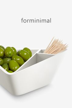 An ingenious sculptural bowl that allows you to serve olives (with optional toothpick holder) or pistachios, and conceal the shells or stones. Box Water, Filtered Water Bottle, Snack Bowls, Kitchen Tools And Gadgets, Kitchenware, Lunch Box, Snacks, Modern, Pistachios