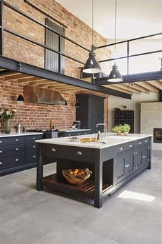 61 Ideas For Kitchen Loft Industrial House Loft Industrial, Industrial Kitchen Design, Industrial Interiors, Modern Kitchen Design, Rustic Kitchen, Interior Design Kitchen, Kitchen Decor, Vintage Industrial, Industrial Furniture