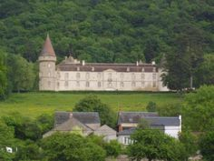 Chateau Bourgogne - France Castle, Burgundy, Villa, Houses, French, Architecture, House Styles, Places, Travel