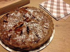 Ricetta di una buonissima torta con pere e cacao. http://blog.shopty.com/it/ricette/ricetta-del-mese-torta-pere-e-cacao.php
