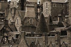 The Auld Toon, Edinburgh by Alan Cowper
