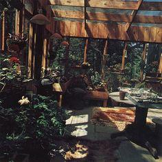 Woodstock handmade houses (70s)