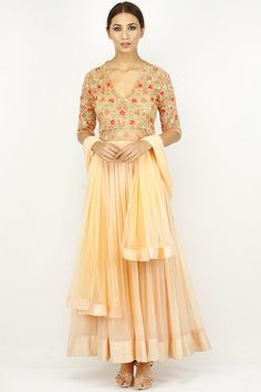 Light peach floral embroidered sheer bodice anarkali set. #Ridhimehra #peach #floral #anarkali #designer #carmaindia #carmaonline #fashion #latest #design #buy #suits #online