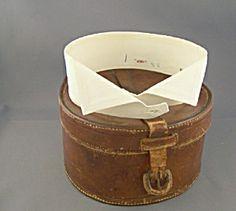 Detachable collar box