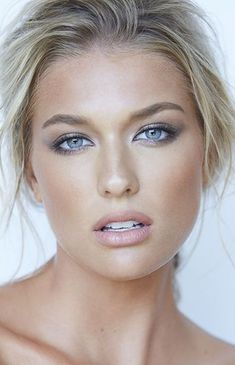 Blue eyes hair makeup by Julie Lam // photo by Kevin White - Weißes Haar