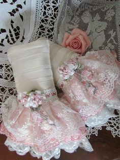 Angela Lace: Pocket Tissue Holder