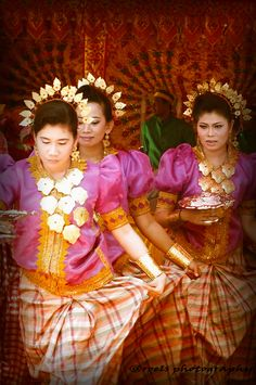 South Sulawesi Dancers, Indonesia