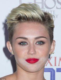 bad makeup - Powdered: Miley Cyrus...ooops