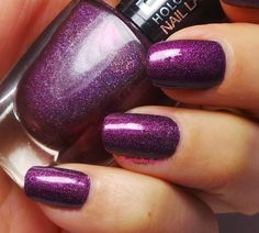 BeYu Holographic Nail Lacquer – 997 Violet illusion