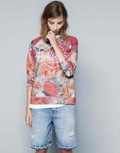 SUDADERA LOGO ESTAMPADA FLORES - TEEN GIRLS COLLECTION - MUJER - PULL&BEAR Mexico