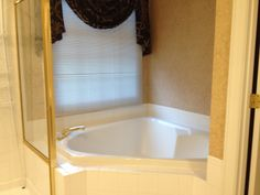 Large jacuzzi soaking tub which hasn't been used in years!