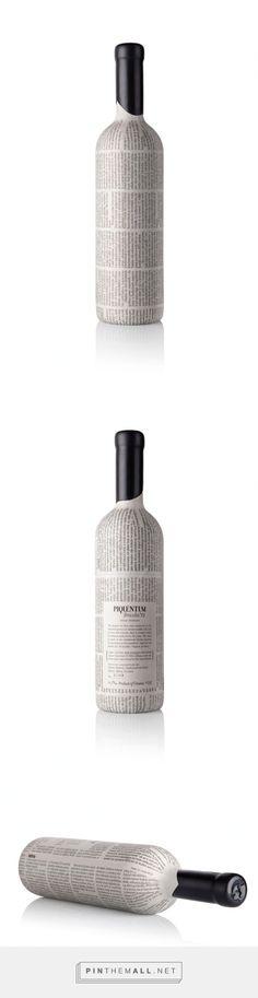 PIQUENTUM Brazda '12 #wine #packaging designed by SONDA - http://www.packagingoftheworld.com/2015/04/piquentum-brazda-12.html