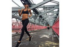 How Bombshell Izabel Goulart Got Her Banging Body: Her Fitness, Health & Workout Tips Izabel Goulart, Photos Fitness, Fitness Goals, Health Fitness, Fitness Workouts, Health Club, Fitness Logo, Health Diet, Outdoor Workouts