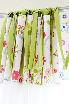 Troczki wiązane luźno - realizacja www.miniroom.pl Napkins, Bows, Curtains, Tableware, Arches, Dinnerware, Towels, Dinner Napkins, Dishes