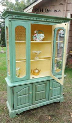 Vintage Hutch To Green Jelly Style Cabinet Redo Furniture, Furniture Rehab, Home Diy, Home, Furniture Diy, Furniture Projects, Refurbished Furniture, Furniture Inspiration, Redo Cabinets