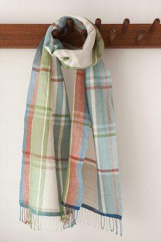 綿麻のストール Woven Scarves, Owl Hat, Tartan Pattern, Tear, Weaving Patterns, Shawls, Plaid Scarf, Geometry, Fabric Design