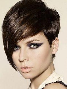 Nieuwe inspiratie voor dames met donker bruin tot zwart haar! 10 trendy korte…